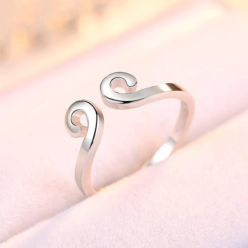 伊洛传芳 天使之吻简约心形戒指 韩版s925银开口戒指关节戒子