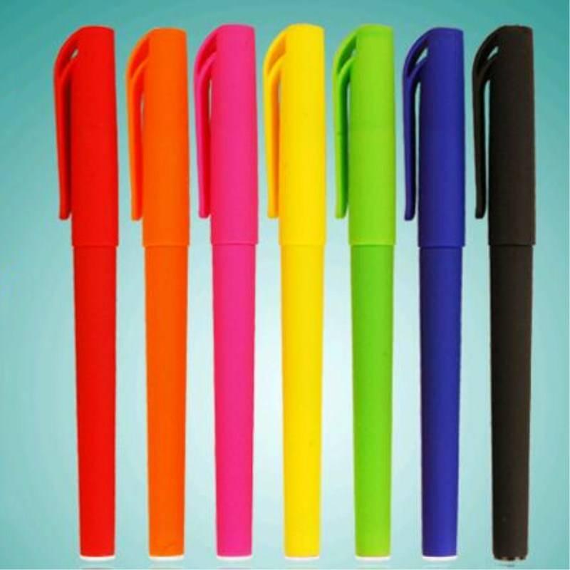 定做广告笔中性笔签字笔定制笔订制 碳素水笔可定制印刷LOGO刻字