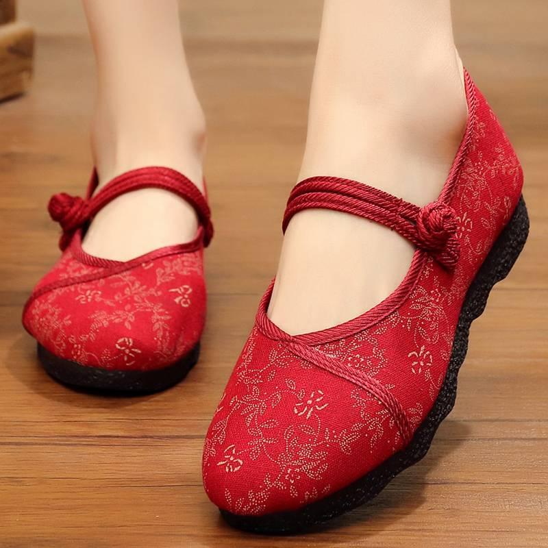 女式老北京布鞋旗舰店官方女平底中老年人妈妈绣花鞋软底平跟单鞋