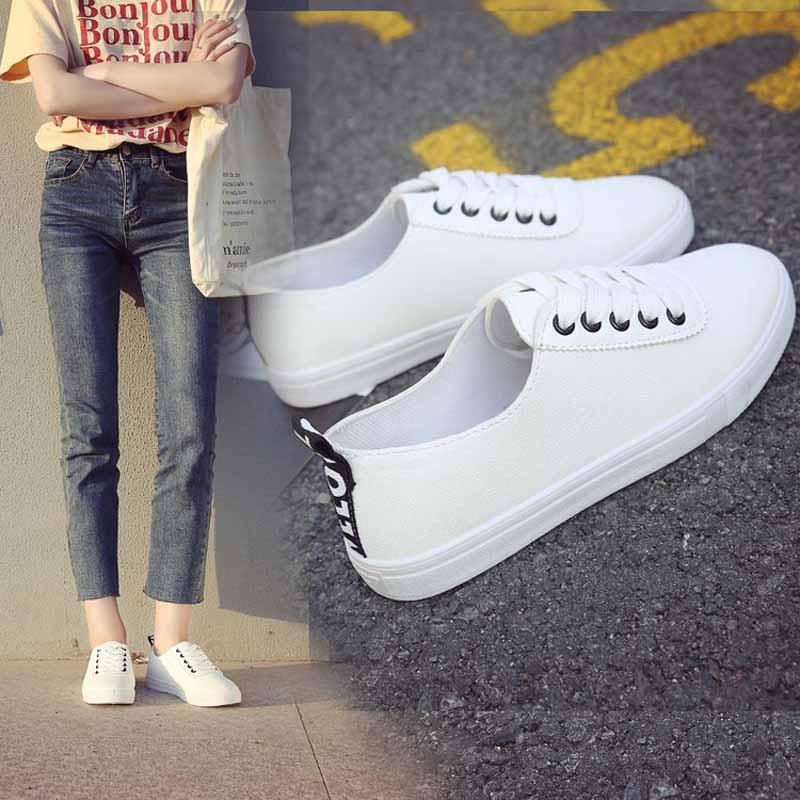 小白鞋女网红同款圆头系带平底平跟乐福运动鞋学生休闲百搭显脚小