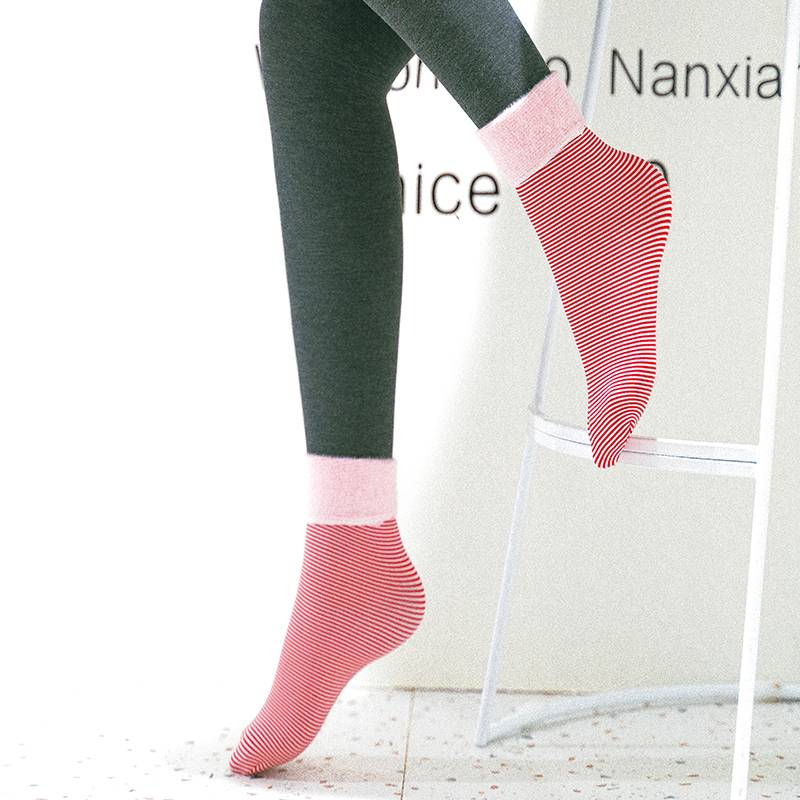 秋冬雪地襪子女中筒襪冬季肉色漏露腳踝神器小腿裸感保暖加絨加厚