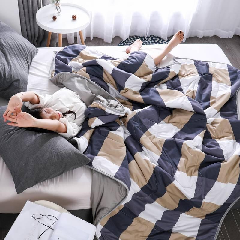 日式水洗棉空调被夏凉被子单人学生宿舍夏天双人春秋薄被子四件套