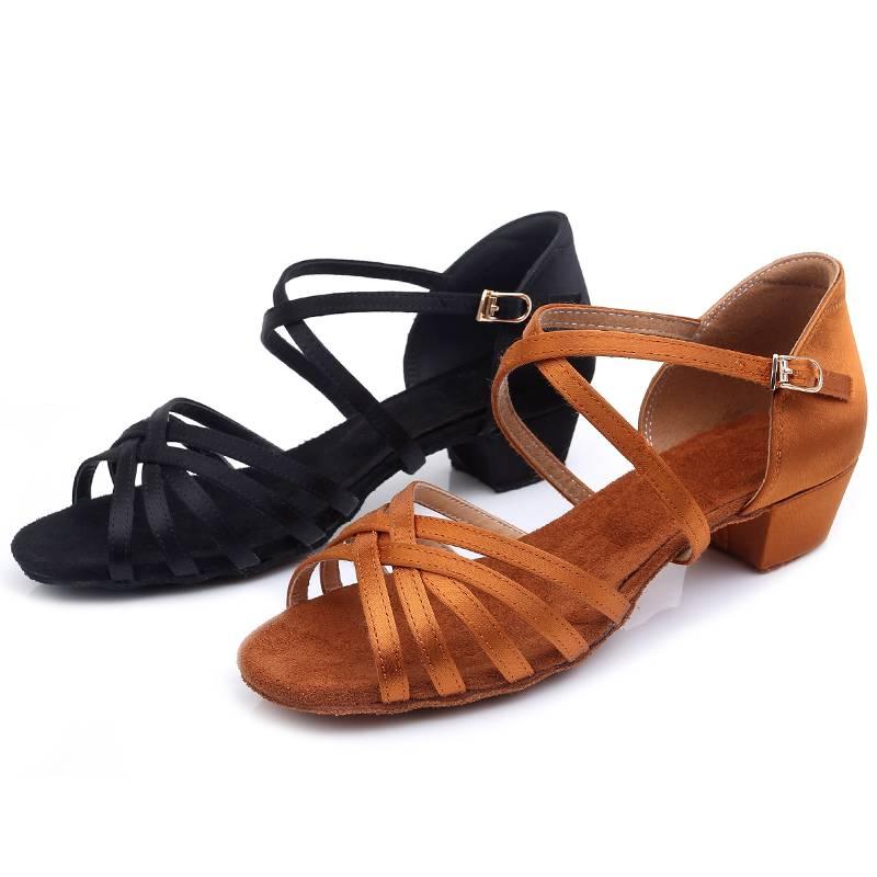 女童拉丁舞鞋儿童女孩初学者软底中跟舞蹈鞋恰恰练功鞋专业跳舞鞋