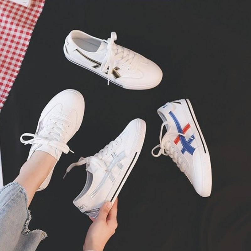 小白鞋女2019夏款百搭潮鞋透气新款网红瘦瘦鞋爆款平底学生百搭鞋