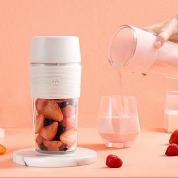 集米无线充电果汁机家用小型迷你水果榨汁机宿舍学生便携式榨汁杯