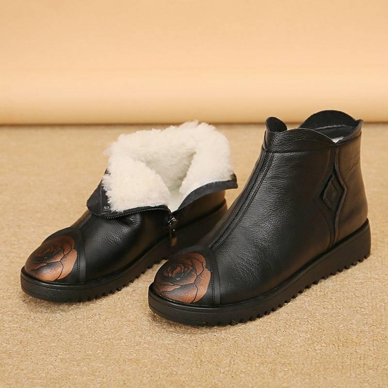 老人棉鞋女防滑保暖奶奶加绒加厚舒适冬季东北平底老年鞋真皮羊毛