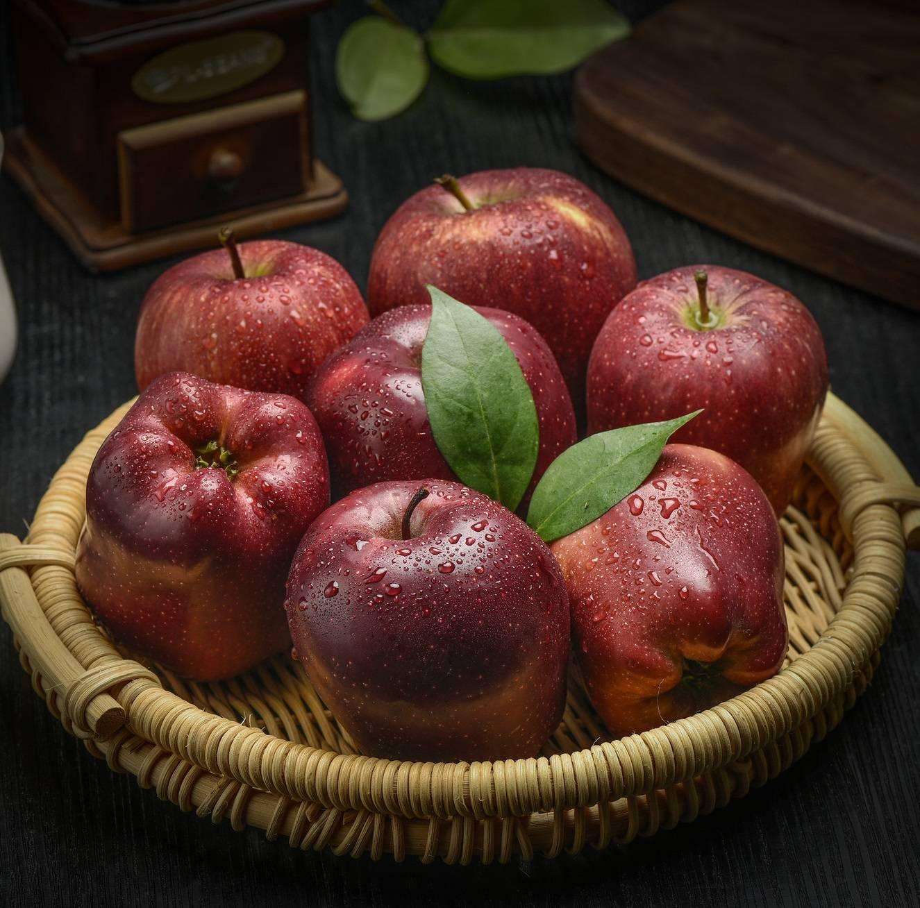 甘肃特产天水花牛苹果8斤粉面苹果净重75mm大果18粒孕妇水果萍果