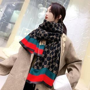 巴黎时装周冬季女神围巾