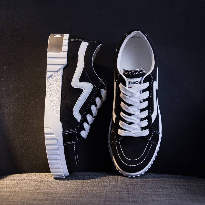 2020春季新款百搭帆布鞋女韩版学生平底跑步板鞋女ins透气系带鞋