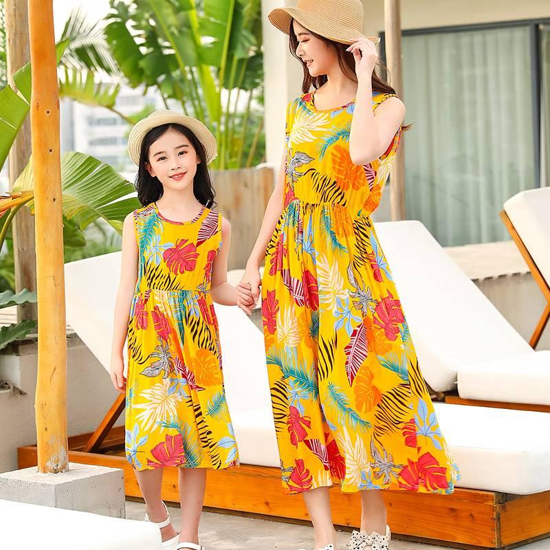 沙滩裙亲子连衣裙夏季2020女童装母女装洋气棉绸长裙收腰海边度假